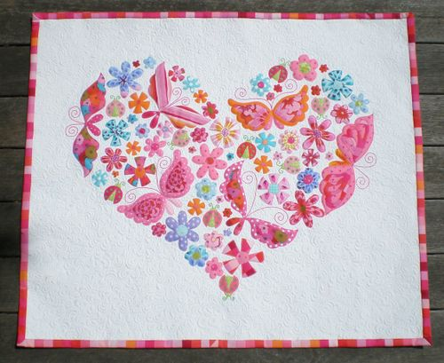 Hearts all around applique quilt wonderful meticulously made